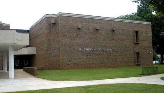 johnson-high-school-exterior-shot-0ce2e745779f86b6